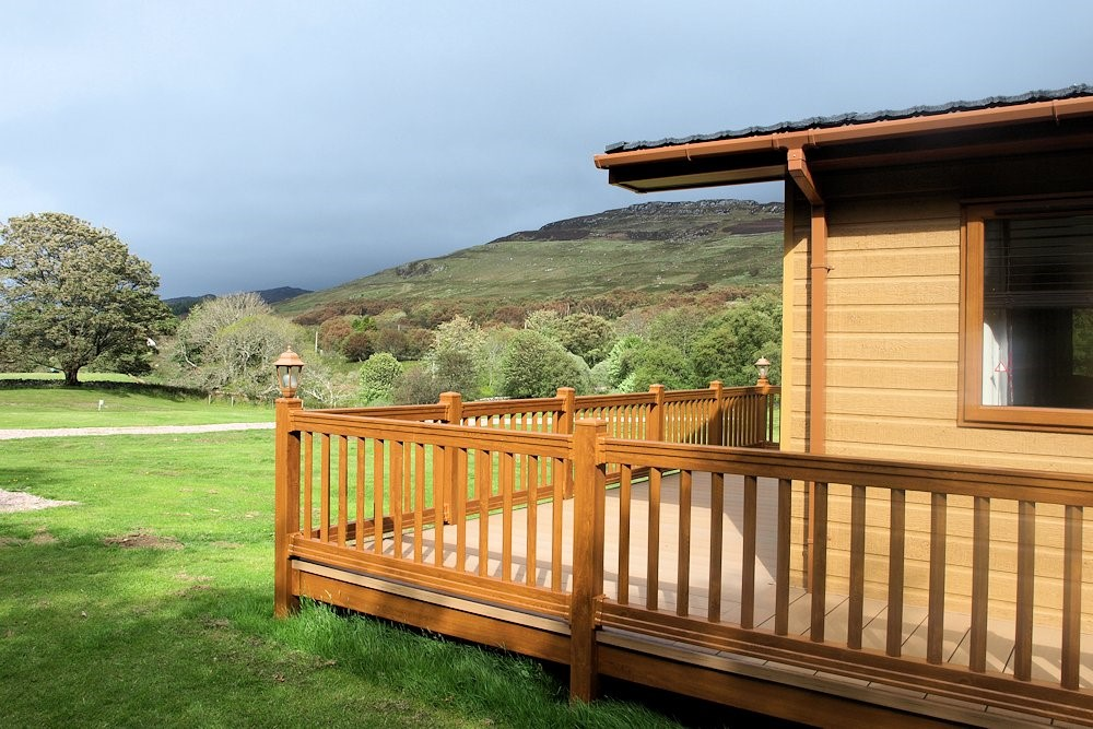 lodge decking